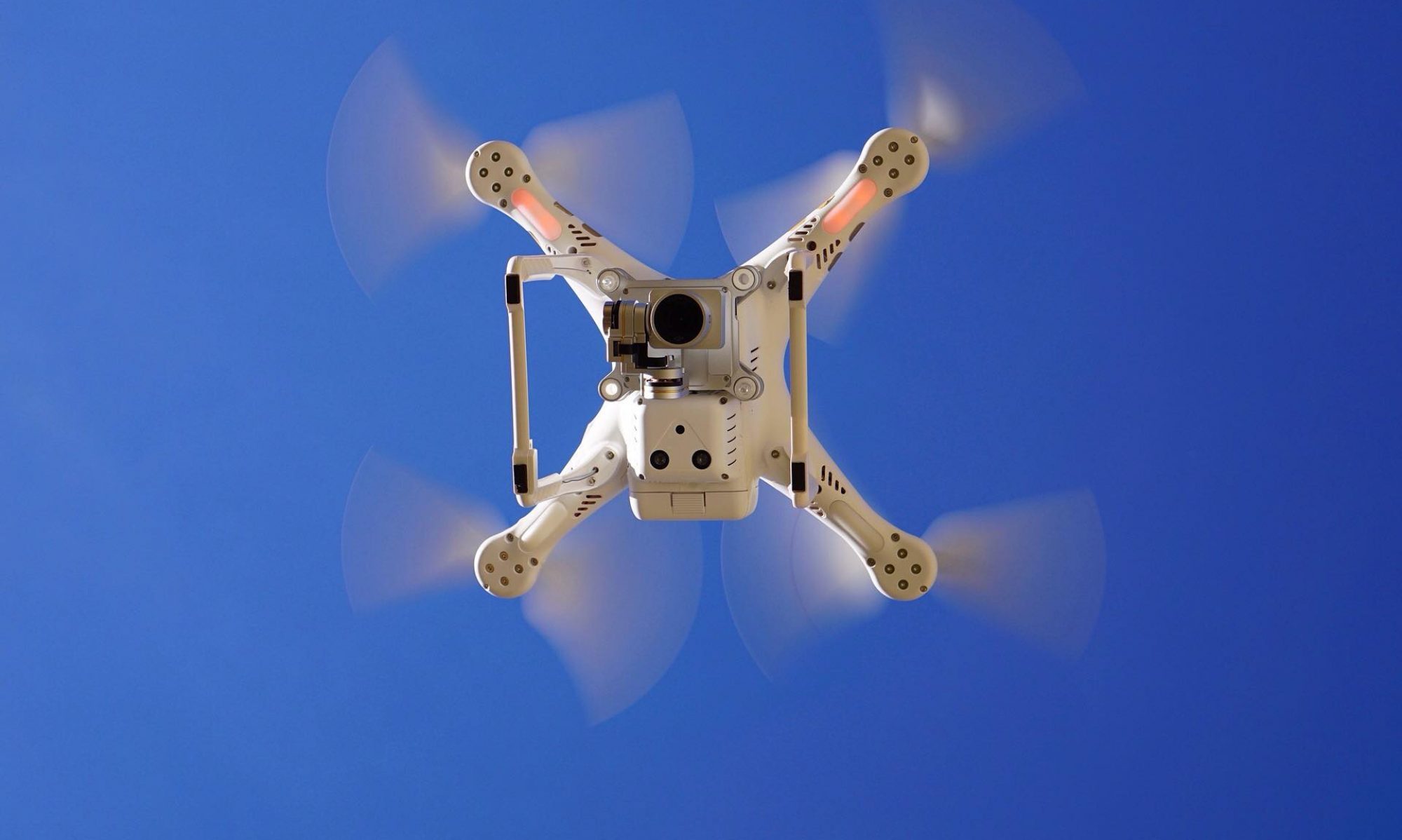 Sachverständiger für Unbemannte Luftfahrzeugsysteme und Flugmodelle